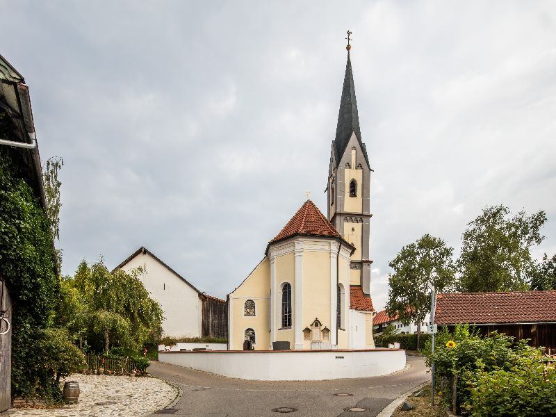 Reisch Kirche 1